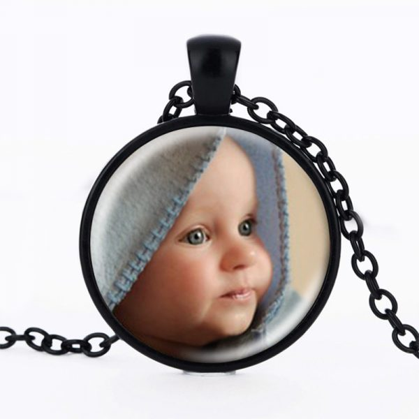 ZBOZWEI-Personalized-Photo-Pendants-Custom-Necklace-Photo-of-Baby-Child-Mom-Dad-Grandparent-Loved-One-Gift-1.jpg