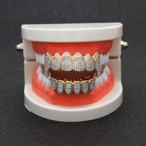 Gold-Color-Hip-Hop-Micro-Pave-Cubic-Zircon-TeethGrillz-Caps-Top-Bottom-Men-Women-Vampire-Fangs-1.jpg